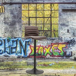 Barkruk Spritzer By-Boo in hoogte verstelbaar bruin kunstlederen zitting met rugleuning en metaal frame
